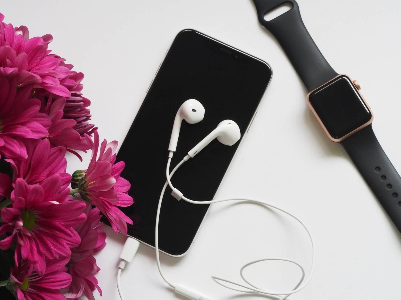 Smartfon Apple iPhone 12 64GB Czarny 5G